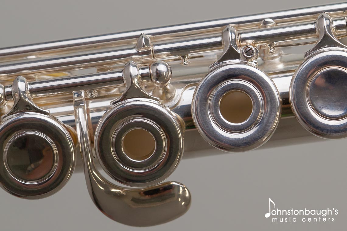 Detailed Feature Image of Armstromng 303 Flute from Johnstonbaugh's Music Centers in Western PA