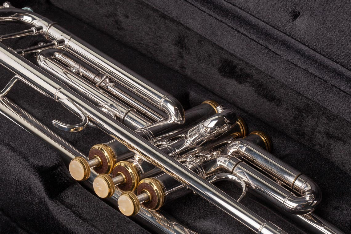Detailed Feature Image of Eastman Intermediate Trumpet from Johnstonbaugh's Music Centers in Western PA